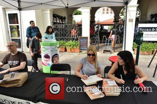 Brad Meltzer, Nikki Moustaki and Christina Diaz Gonzalez 1