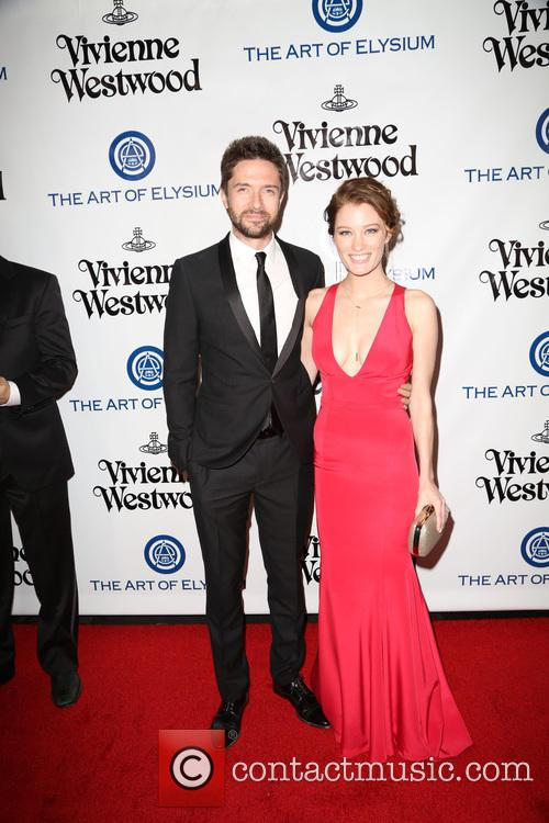 Topher Grace and Ashley Hinshaw 1
