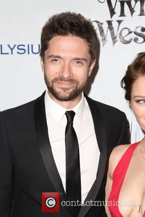 Topher Grace and Ashley Hinshaw 4