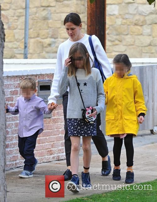 Jennifer Garner, Samuel Garner Affleck, Violet Affleck and Seraphina Rose Affleck 2