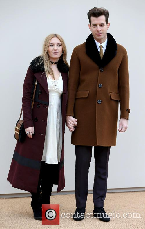 Josephine De La Baume and Mark Ronson 6