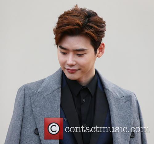 Lee Jong Suk 9