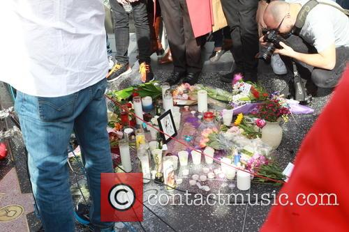 David Bowie, Memorial, The Hollywood Walk and Fame 2