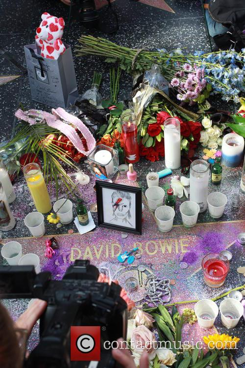 David Bowie, Memorial, The Hollywood Walk and Fame 7