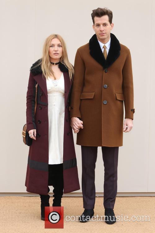 Josephine De La Baume and Mark Ronson 3