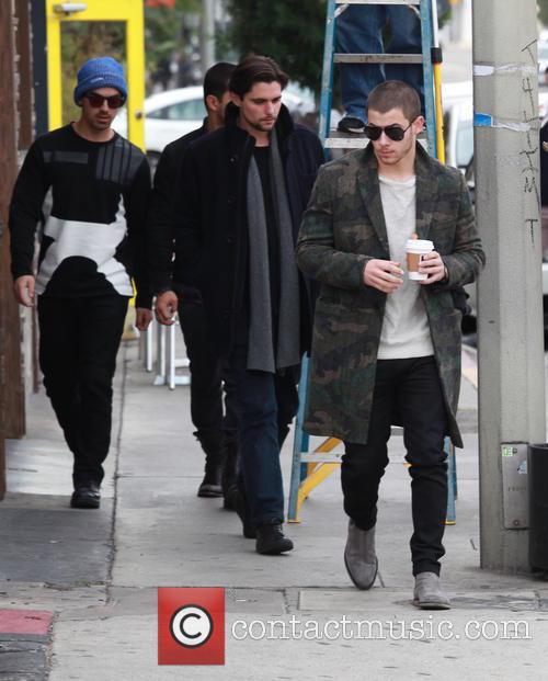 Nick Jonas, Joe Jonas and Wilmer Valderrama 8