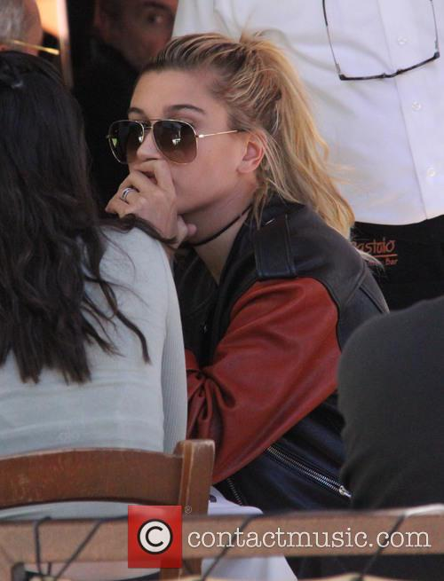 Hailey Baldwin having lunch at Il Pastaio