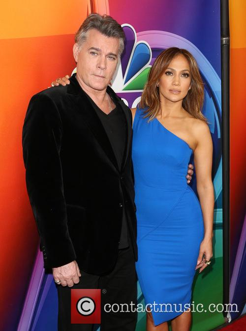 Ray Liotta and Jennifer Lopez 7