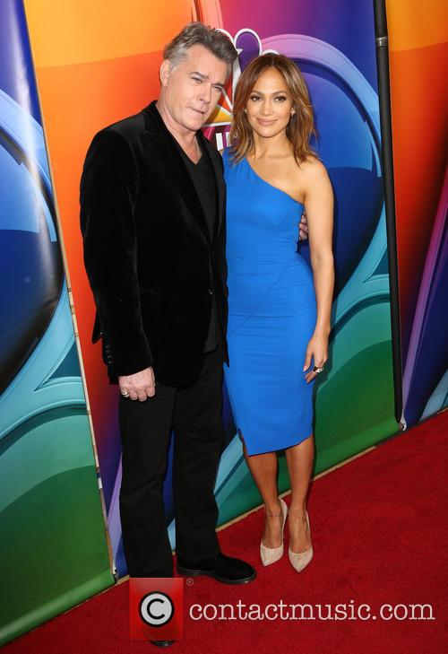 Ray Liotta and Jennifer Lopez 10
