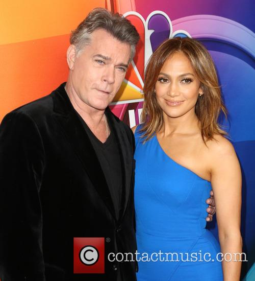 Ray Liotta and Jennifer Lopez 11