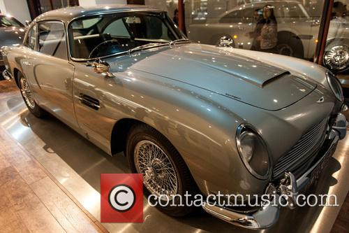 Aston Martin Db5, James Bond and Goldfinger 3