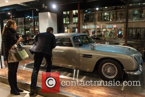 Aston Martin Db5, James Bond and Goldfinger 4