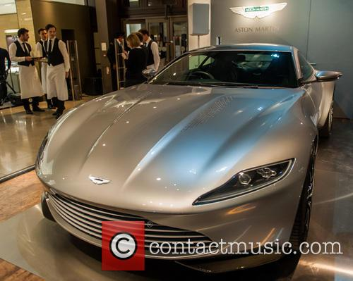 Aston Martin Db10, James Bond and Spectre 5