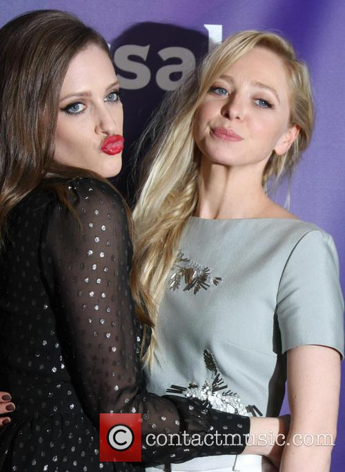 Carly Chaikin and Portia Doubleday 4