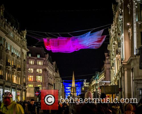 Artist: Janet Echelman's '1.8 London' 2