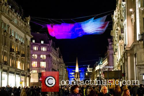 Artist: Janet Echelman's '1.8 London' 3