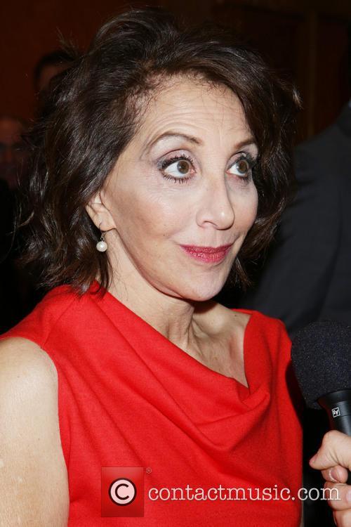 Andrea Martin 4
