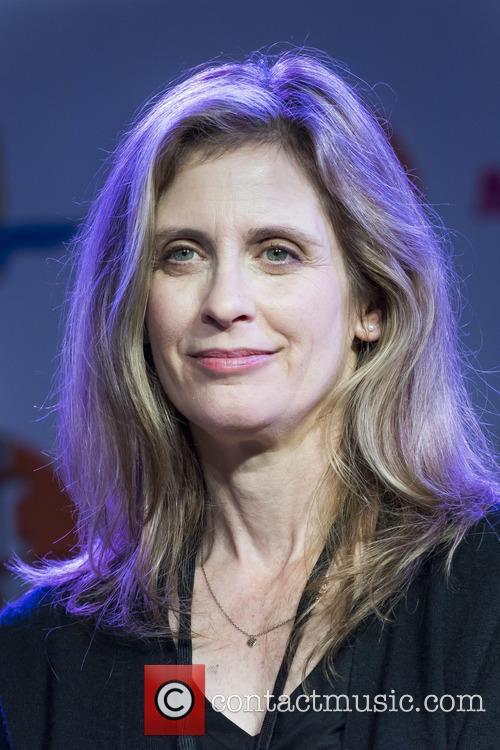 Helen Slater 1