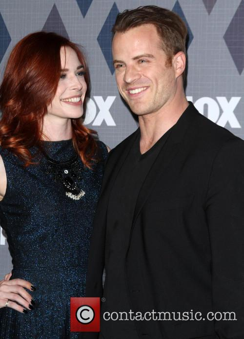 Chloe Dykstra and Robert Kazinsky 1