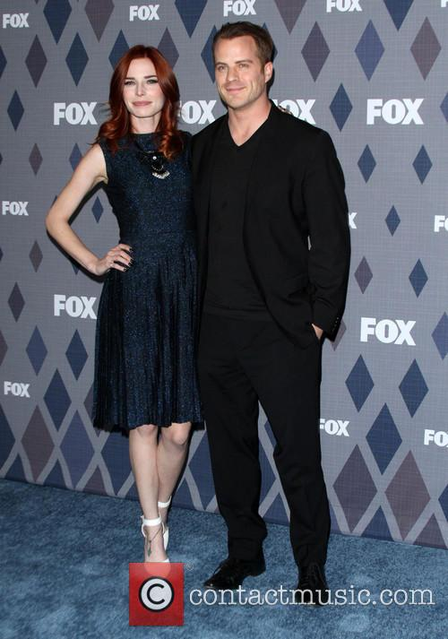 Chloe Dykstra and Robert Kazinsky 3