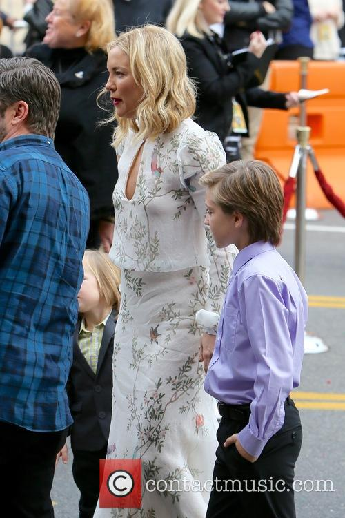 Kate Hudson, Bingham Bellamy and Ryder Robinson 11