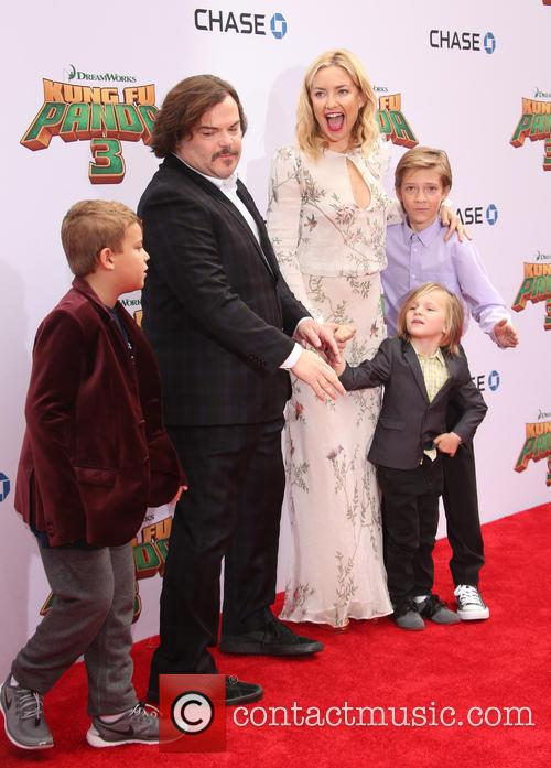 Jack Black, Kate Hudson, Ryder Robinson, Bingham Hawn Bellamy and Thomas David Black 10