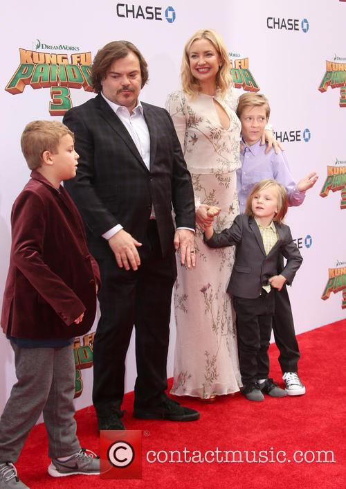 Jack Black, Kate Hudson, Ryder Robinson, Bingham Hawn Bellamy and Thomas David Black 11