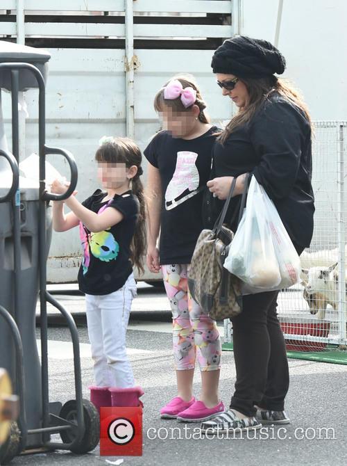 Carnie Wilson, Lola Sofia Bonfiglio and Luciana Bella 7