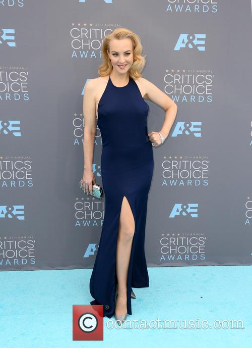 Wendi Mclendon-covey 6