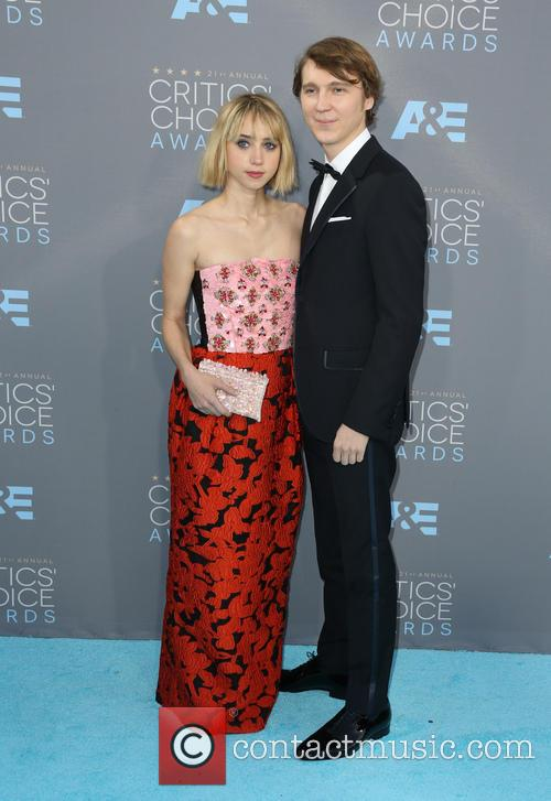 Zoe Kazan and Paul Dano 3