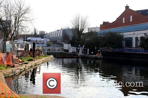 Kentish Town Lock and Camden Lock 8