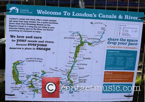 Kentish Town Lock and Camden Lock 10