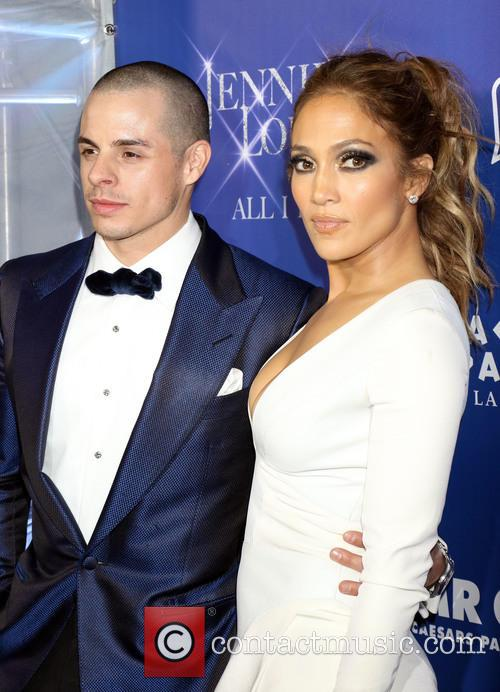 Jennifer Lopez and Casper Smart 2