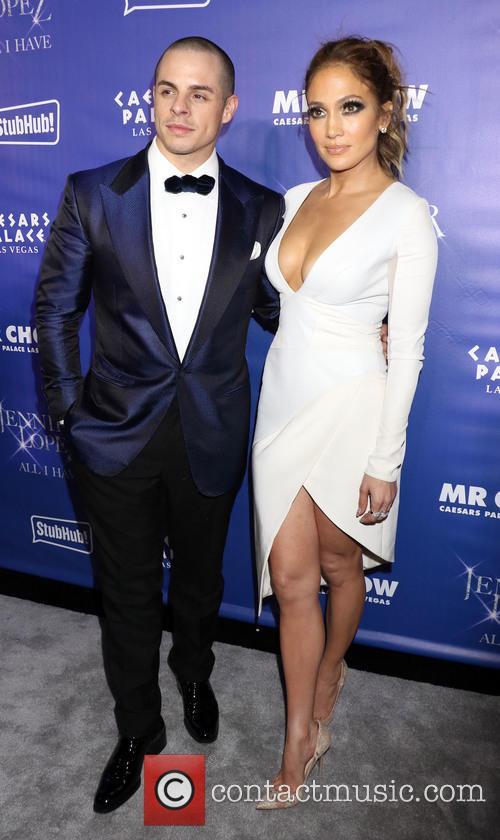 Jennifer Lopez and Casper Smart 4
