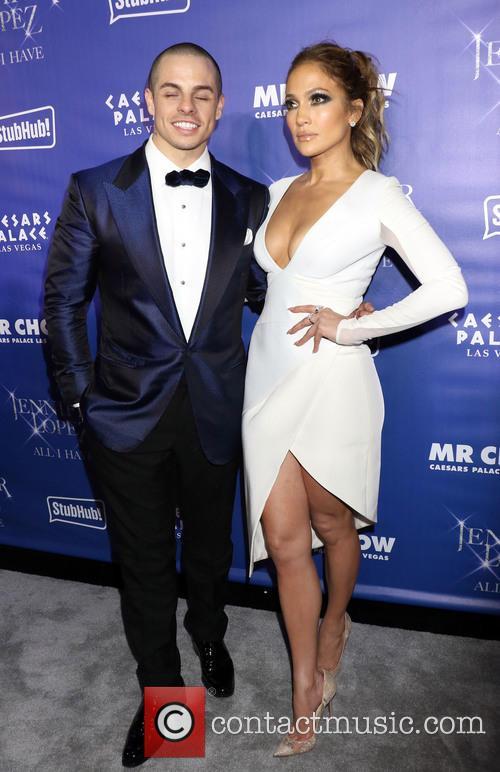 Jennifer Lopez and Casper Smart 7