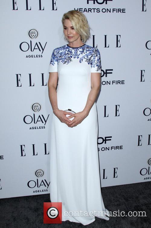Jenna Elfman 3