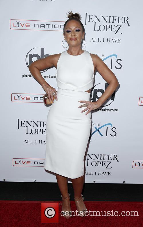 Jennifer Lopez and Leah Rimini 6
