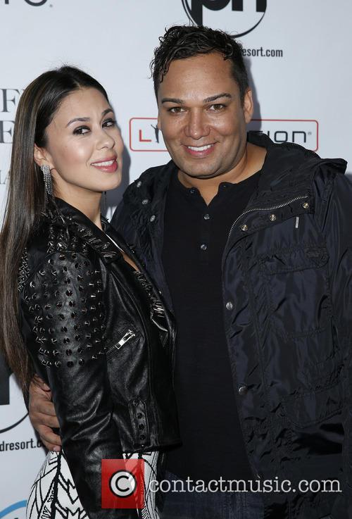 Jennifer Lopez and Taryll Jackson 9
