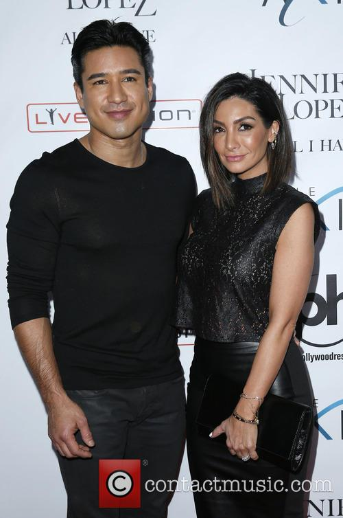 Mario Lopez and Courtney Lopez 4