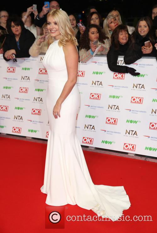 Holly Willoughby 4