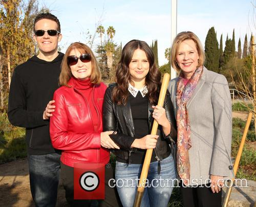 Woody Schultz, Kathy Connell, Katie Lowes and Jobeth Williams 2