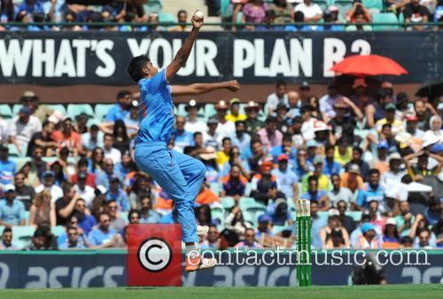 India ends Australia's unbeaten run in One Day...