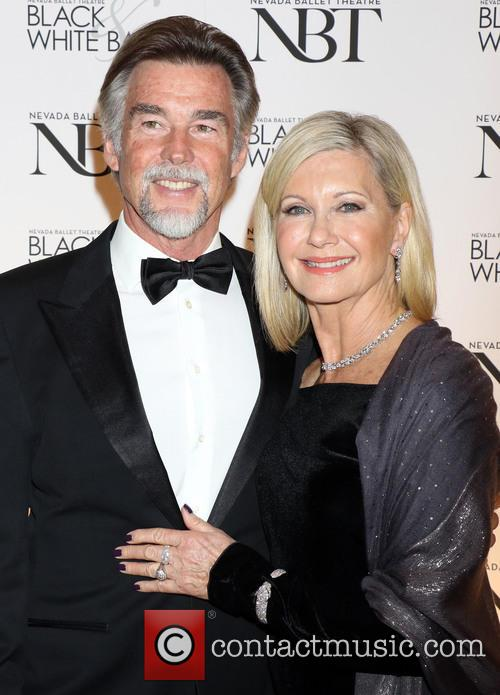 Olivia Newton-john and John Easterling 4