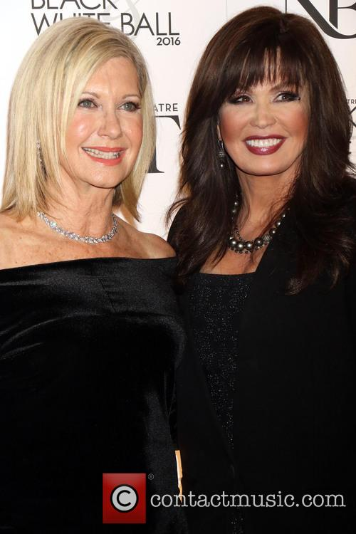 Olivia Newton-john and Marie Osmond 8