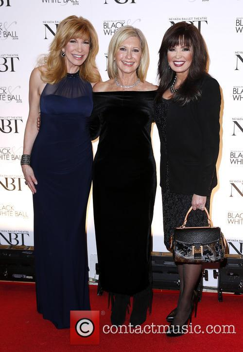 Leeza Gibbons, Olivia Newton John and Marie Osmond 3