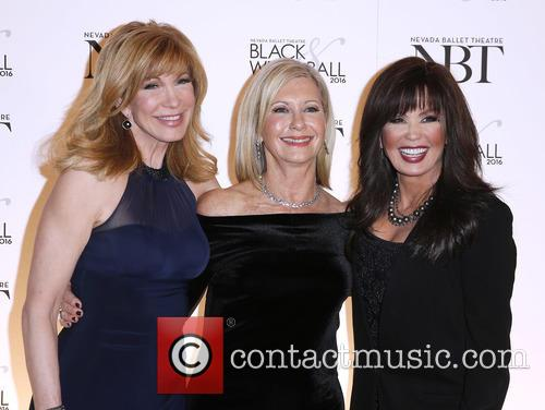 Leeza Gibbons, Olivia Newton John and Marie Osmond 6