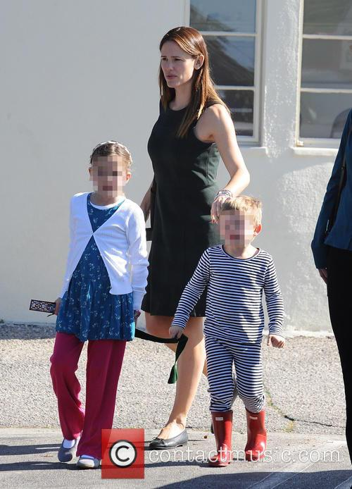 Jennifer Garner, Seraphina Rose Elizabeth Affleck and Samuel Garner Affleck 9