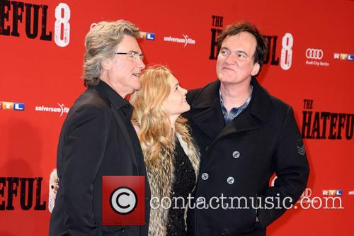 Kurt Russell, Jennifer Jason Leigh and Quentin Tarantino 11