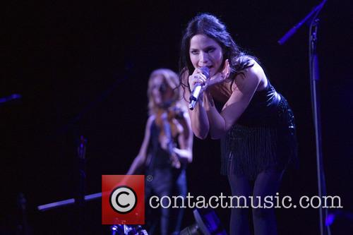 Andrea Corr and Sharon Corr 9