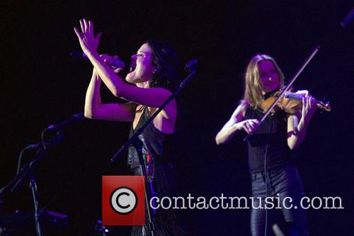 Andrea Corr and Sharon Corr 10